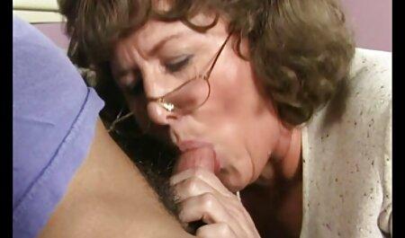 Beauté italienne, Valentina film lesbien amateur 2 (recolorée)