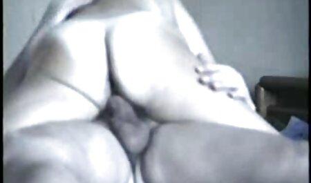 BDSM film gratuit porno amateur sous étalé fouetté et joué