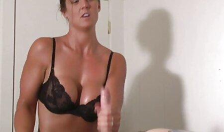 Nina video voyeur amateur Elle séduit Lana Rhoades