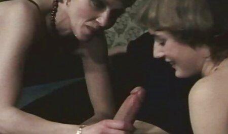 Idole aux gros seins japonais - Saaya Irie video gay porno amateur 02